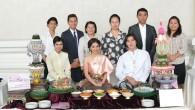 คณะเทคโนโลยีคหกรรมศาสตร์ มหาวิทยาลัยเทคโนโลยีราชมงคลพระนคร จัดแสดงสาธิตศิลปวัฒนธรรมไทย อาทิเช่น การทำขนมเบื้องไทย และขนมกระทงทอง ภายในงานโครงการประชุมวิชาการนานาชาติ ครั้งที่ 5 ในงานเลี้ยงต้อนรับผู้ทรงคุณวุฒิทั้งชาวไ ทยและชาวต่างประเทศ เมื่อวันที่ 17 กรกฎาคม 2557 ณโรงแรมพูลแมน คิง พาวเวอร์ กรุงเทพ (Pullman Bangkok King Power Hotel)