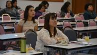 คณะเทคโนโลยีคหกรรมศาสตร์ มทร.พระนคร จัดประชุมเพื่อชี้แจงกฏระเบียบ ข้อบังคับ ผลการปฏิบัติงานของคณะ ประจำภาคเรียนที่ 2 ปีการศึกษา 2557 พร้อมมอบเกียรติบัตร แก่คณาจารย์ที่ได้รับผลการประเมินดีมาก วันที่ 11 กุมภาพันธ์ 2558 ณ ห้องประชุมโชติเวช ชั้น 4 อาคารเรือนปัญญา
